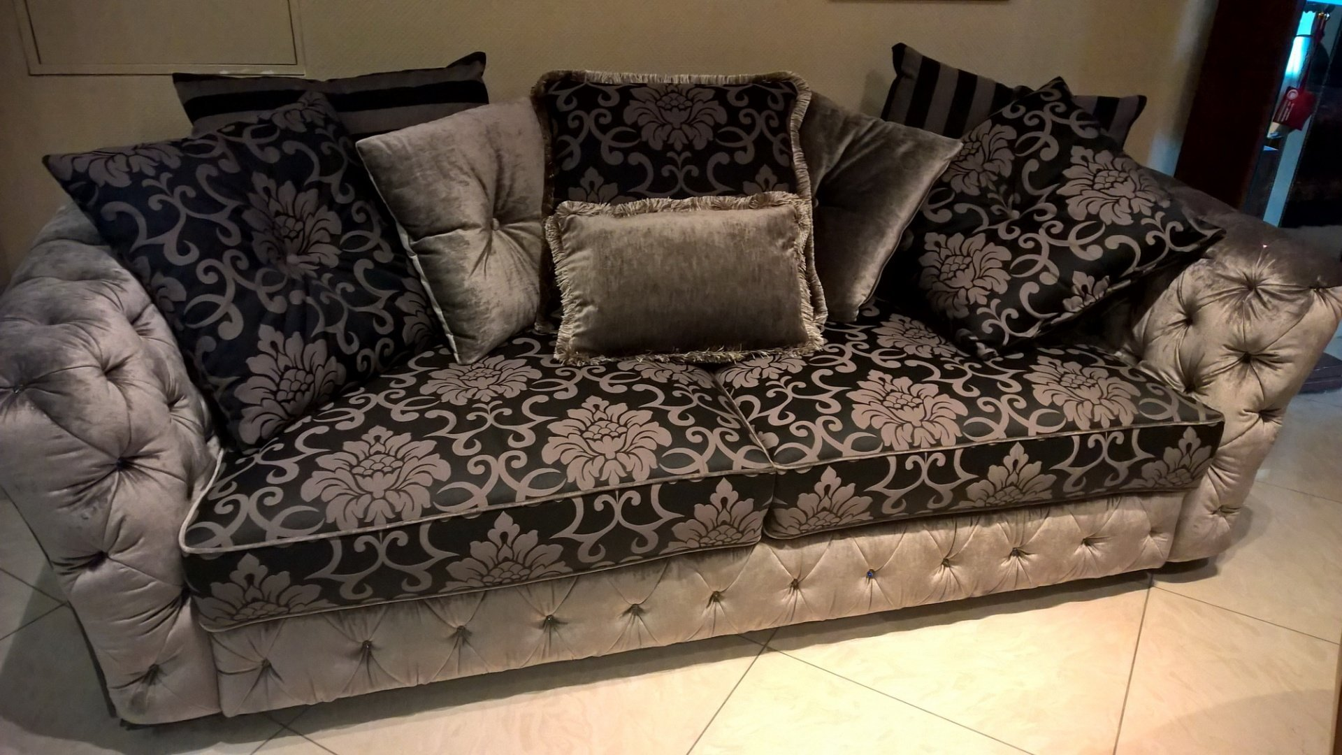 Living диван expo